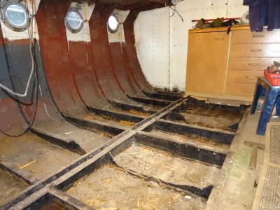 Luise unter Deck, renovierte Bullaugen