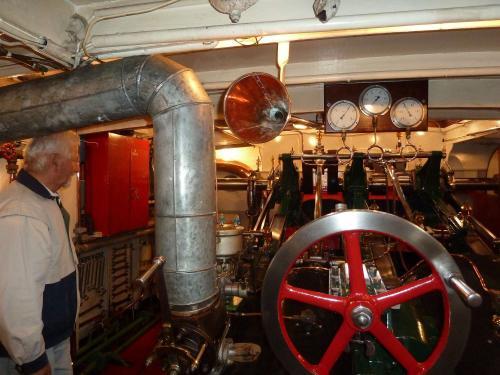Maschinenraum 3. Bild
